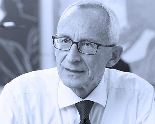 Professor Dr. Wolfgang Plischke